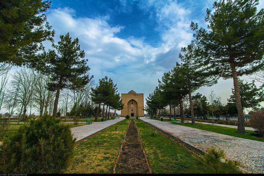 ایرانگردی - صومعه هارونیه، شهر طوس، خراسان رضوی
